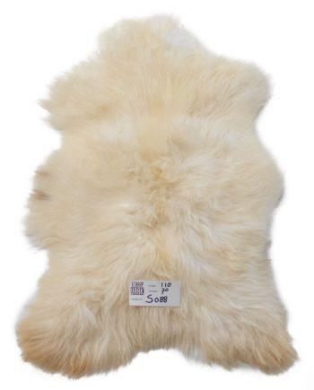 witte schapenvacht s088