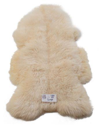 witte schapenvachten S095